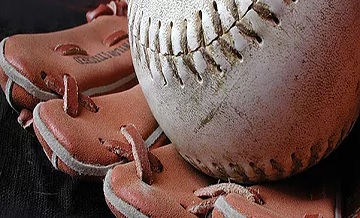 Picture of a Baseball Glove